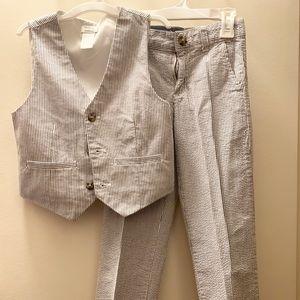 Gymboree Seersucker vest and pant set